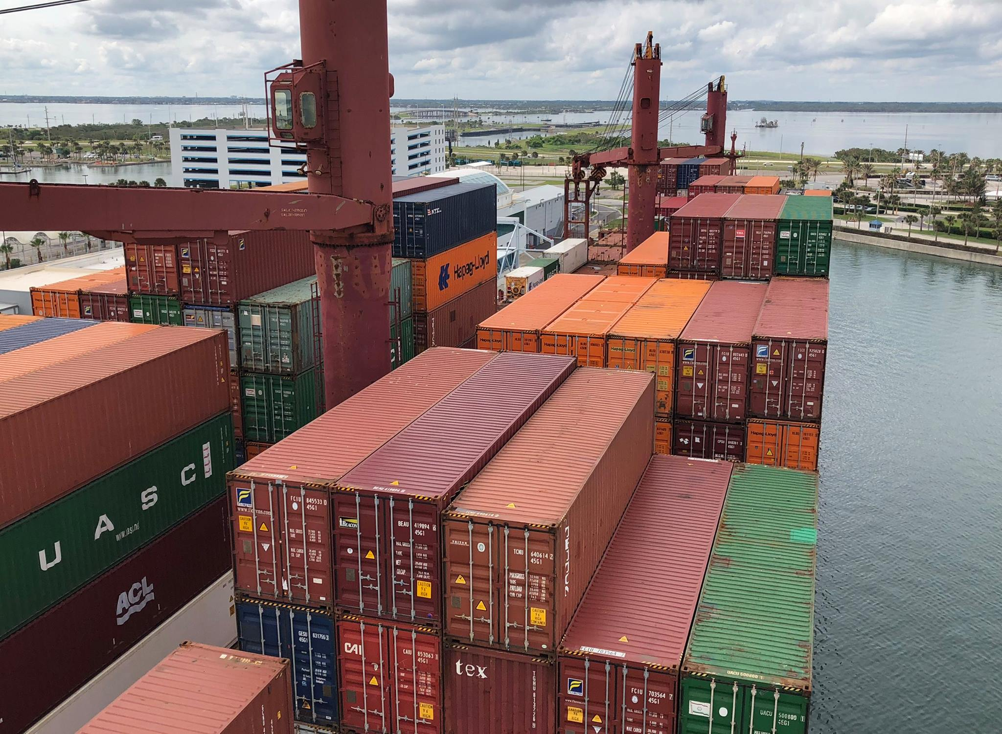 Port canaveral s gulftainer in joint venture with russian for Shipping container pier foundation